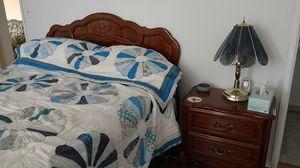 Queen size bedroom set for Sale in Menifee, CA