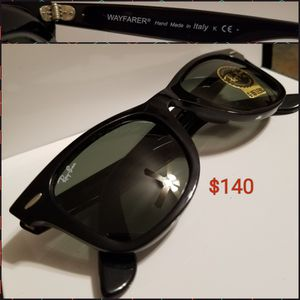 Two men's Ray Ban Sunglasses for Sale in St. Louis, MO