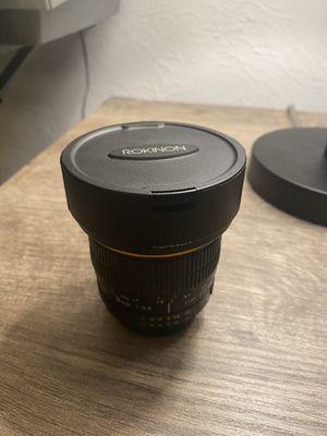 Rokinon 8mm f3.5 (Nikon F-Mount) Fisheye Lens for Sale in BAYVIEW GARDE, IL