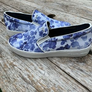 Michael Kors MK Keaton Floral Spray Slip On Sneakers for Sale in Austin, TX