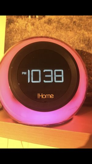 Bluetooth Apple Speaker Alarm $60 NOW for Sale in Fort Washington, MD