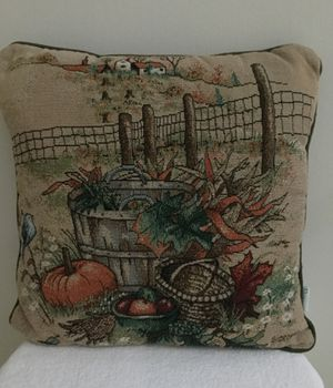 Fall pillow for Sale in Smithtown, NY