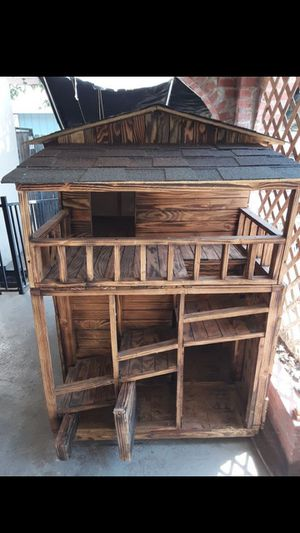 2 Level Double Dog House for Sale in Dinuba, CA