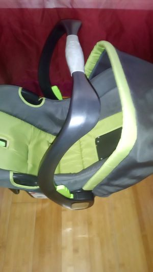 Baby car seat. for Sale in Florence, MS