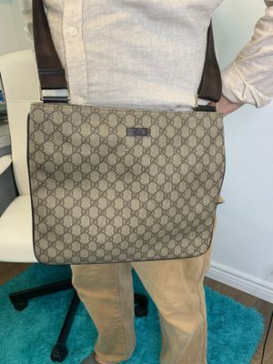 Authentic Gucci GG PVC Crossbody Bag for Sale in Sacramento, CA