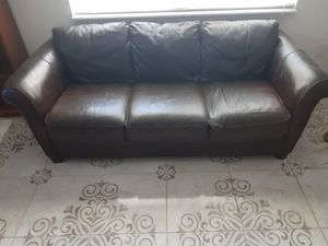 Real leather sofa in good condition for Sale in Sanford, FL
