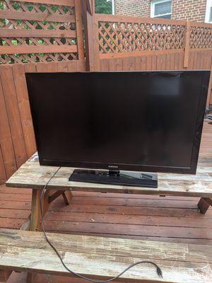 """46"""" Samsung LCD TV for Sale in Alexandria, VA"""