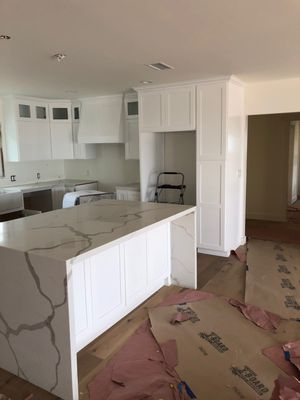 Kitchen cabinets for Sale in RNCHO DOMINGZ, CA