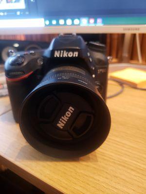 Nikon D.7100 for Sale in Tampa, FL