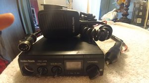 Radio shock CB Radio 40 channel ready to use in working condition for Sale in New York, NY