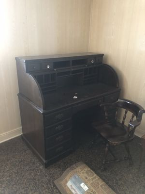 Antique roller top desk with chair for Sale in New Orleans, LA
