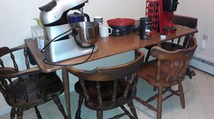 Kitchen table w/4 chairs for Sale in Nesquehoning, PA