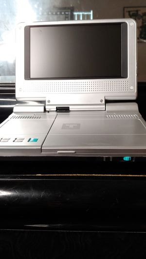 7 inch portable dvd player for Sale in West Palm Beach, FL