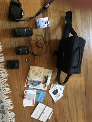 Canon Rebel T5 EOS 1200D for Sale in Cleveland, OH