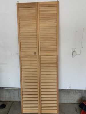 Bi-fold door for Sale in Denver, CO
