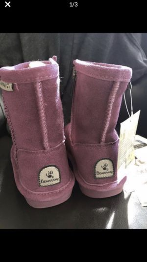 Bearpaw boots. Girls Sz. 9. NEW!! for Sale in Temecula, CA