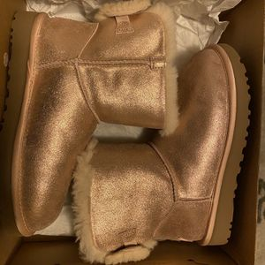 Women's Size 6 UGG BOOTS for Sale in Philadelphia, PA