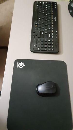 Wireless Logitech Mouse,keyboard. steelseries mousepad for Sale in Las Vegas, NV