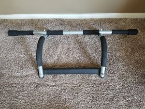 Multi-purpose Doorway Pull-up Bar for Sale in Bountiful, UT