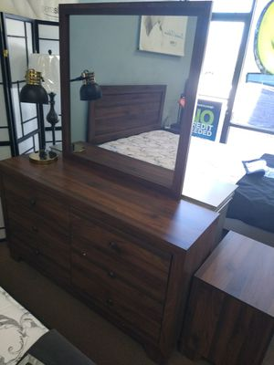 Brown Dresser and Mirror for Sale in Glendale, AZ