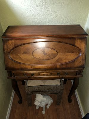Secretary desk for Sale in Imperial, MO