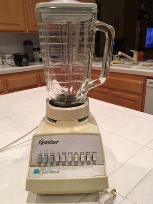 5 cup Osterizer blender for Sale in Chula Vista, CA