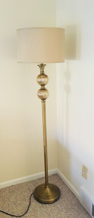 Moving sale! Selling lamps, cabinets, chair, etc for Sale in North Royalton, OH