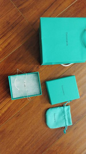 Tiffany and co necklace for Sale in Los Angeles, CA