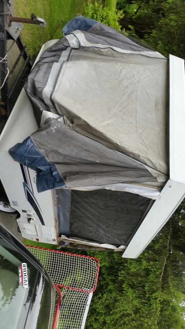 Pop up camper/needs work or use as trailer