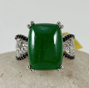Burmese green jade and black Spinel ring for Sale in Thornton, CO