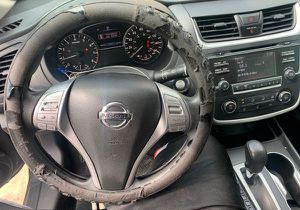 2013 - 2018 NISSAN ALTIMA INTERIOR PART OUT DASHBOARD, RADIO, SHIFTER, CENTER CONSOLE, SEATS, SEATBELTS for Sale in Fort Lauderdale, FL