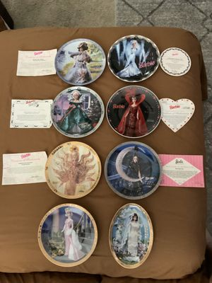 8 BARBIE COLLECTORS PLATES SOME WITH COA SEE PHOTOS ALL FOR $50.00 for Sale in Henderson, NV