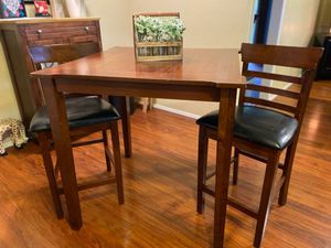 Breakfast nook table/chairs for Sale in Carrollton, TX