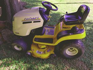 Club Cadet series 1000 Riding Mower Kohler engine tractor runs great in good condition 400 or best offer for Sale in Seffner, FL