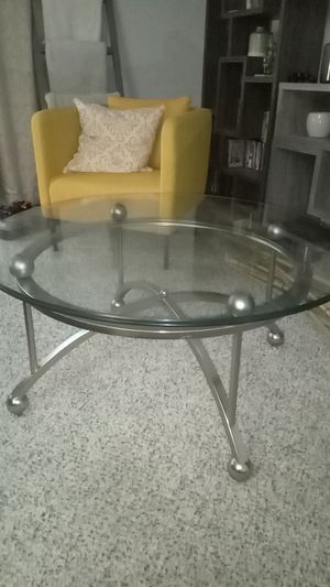 coffee table for Sale in Manchester, MO