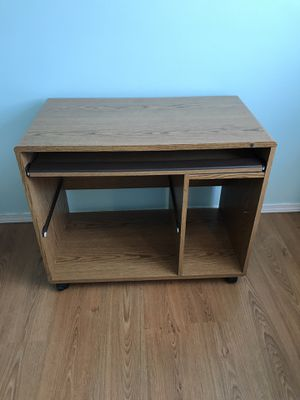 Brown Rolling Office Desk for Sale in Independence, OR