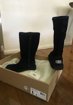 Black ladies tall UGG suede boots size 8 for Sale in Laurel, MD
