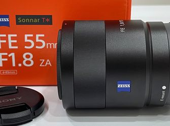 Sony Sonnar T* FE 55mm F1.8 ZA E-Mount for Sale in Miami,  FL