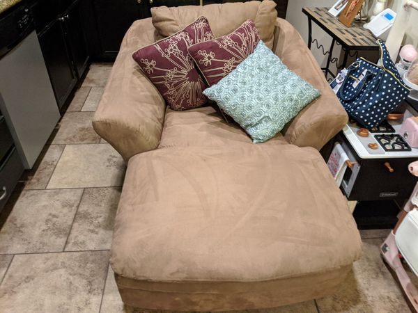 Beautiful tan suede chaise