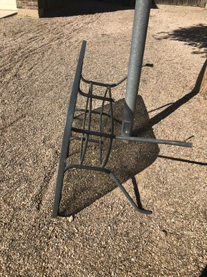 Free patio table for Sale in Fort McDowell, AZ