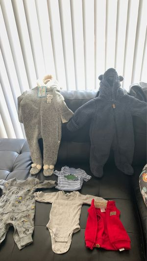 NB baby boy clothes worn once , the two winter jumpsuits never worn ! (BRAND NEW) for Sale in Suitland, MD