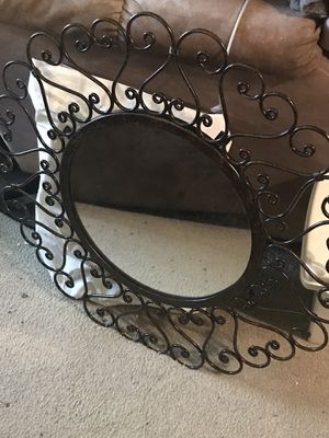 Wall mirror for Sale in North Royalton, OH