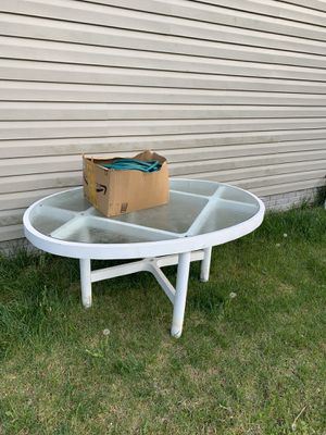 Outdoor table with 2 chairs!! for Sale in Odenton, MD