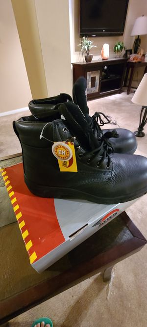 Work boots, steel toe size 11.5 for Sale in Waterbury, CT