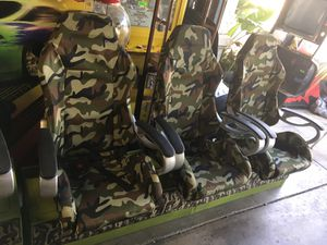 Camouflage 6 chairs - man cave 2 rows of 3 metal base sturdy for Sale in Fresno, CA