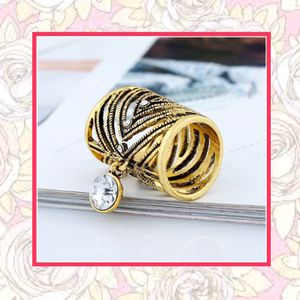 Gold scarf pendant charm holder for Sale in Las Vegas, NV