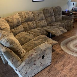 Lazyboy Sectional for Sale in Aurora, OH