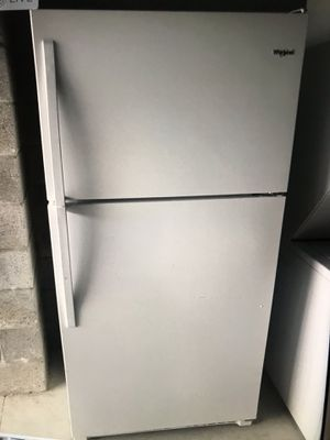 Brand new refrigerator whirlpool for Sale in West Palm Beach, FL