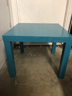 IKEA side table for Sale in Lake Worth, FL