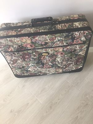 3 Suitcases for Sale in Canonsburg, PA